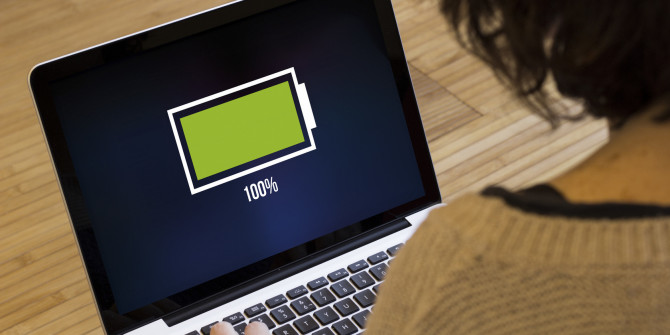 How to Charge Laptop Battery Manually?