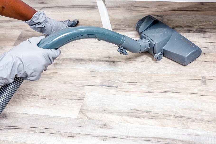 Best Vacuum Cleaner for Wooden Floors